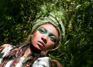 Hippkhoi in Conscious: a 'nifty fifty' photography