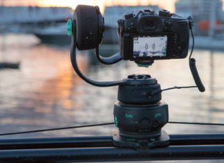 the featured Syrp pan-tilt bracket accessory for DSLRs